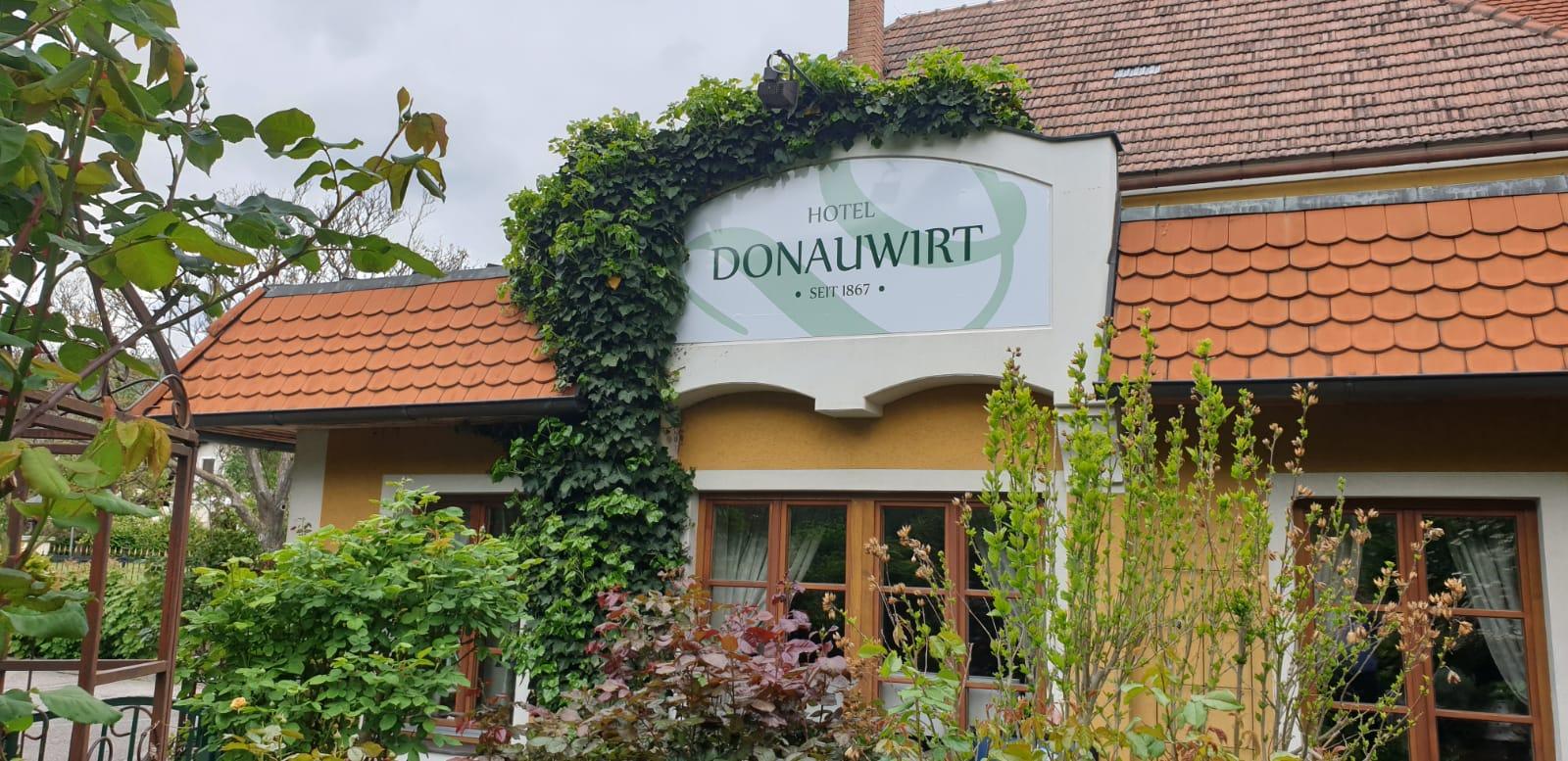 Hotel Donauwirt – Relaunch & Beschriftungen